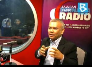 Sesi perkongsian tentang perhubungan awam dengan Bernama Radio